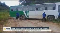 Péssimas condições de ramal prejudica alunos em Itacoatiara