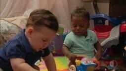 Mãe e pediatra batem papo sobre maternidade