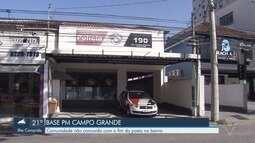 Moradores se reúnem com policiais para falarem sobre a desativação de base em Santos