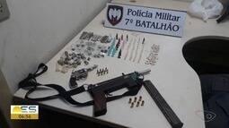 Armas e drogas são apreendidas pela polícia no bairro Rio Marinho, em Vila Velha