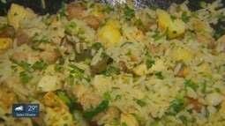 Prato Fácil: Fernando Kassab ensina recita de arroz com panceta e frango