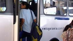 CMTC estuda reduzir para R$ 2,83 a passagem em Goiânia