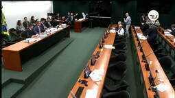 Maia busca acordo com governadores para reincluir estados na reforma da Previdência