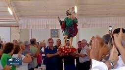 Caminhoneiros fazem carreata para homenagear São Cristovão