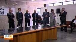 Representantes do Judiciário e de órgãos públicos fazem ato em Aracaju