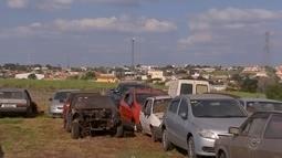 Departamento de Trânsito de Cerquilho recolhe carros abandonados por donos