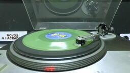 Paixão pelos discos de vinil resiste aos meios digitais