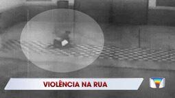Homem é espancado por mulher na rua em Jacareí
