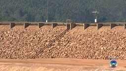 Simulação de rompimento de barragem é realizada em Alumínio