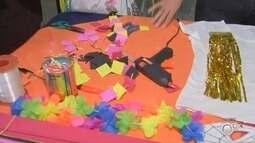 Birigui tem oficinas gratuitas para ensinar a fazer acessórios e maquiagens para carnaval