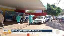População reclama da demora do agendamento até o resultado no drive thru em Dourados