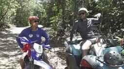 Pablo desbrava, de quadriciclo, a Península de Maraú