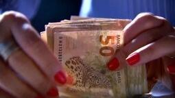 Moradores pretendem usar décimo terceiro salário para quitar dívidas