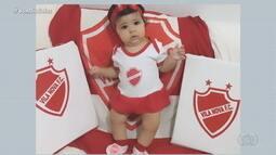 Fofura: bebê de 7 meses já é torcedora do Vila Nova