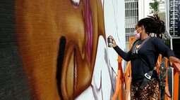 Artistas do Movimento Urbano de Arte Livre (Mural) mostram suas obras