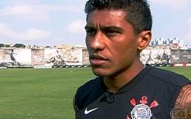 Paulinho dribla obstculos e racismo, vira dolo no Corinthians e quer brilhar na Seleo