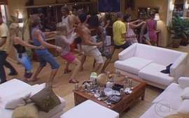 Big Brother Brasil 1: Cenas diversas dos participantes na casa