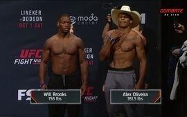 Will Brooks e Alex Cowboy passam pela pesagem UFC Lineker x Dodson