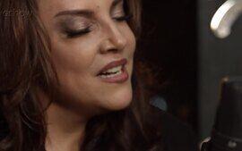 Ana Carolina canta música de Djavan