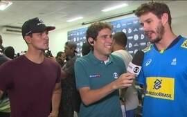 Gabriel Medina e Bruninho, do vôlei, falam sobre etapa de Saquarema do Mundial de Surfe