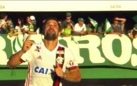 Diego se sente aliviado após gol na vitória do Flamengo sobre a Chapecoense