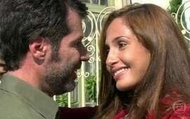 Mônica se declara para Cemil e ele a aceita de volta