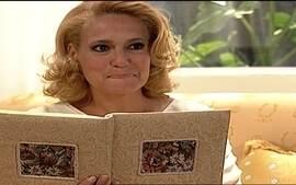 Branca lê diário de Eduarda e descobre que ela desconfia estar grávida