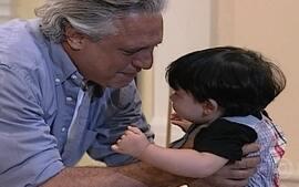 Atílio reconhece Marcelinho como seu filho