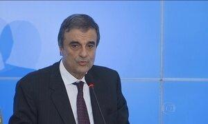 Ministro diz que tratou de vazamentos de informações com advogados