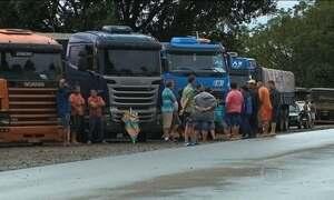Protestos de caminhoneiros causam congestionamentos em rodovias do país