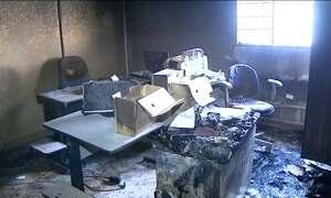 Polícia investiga incêndio que atingiu prefeitura de Restinga (SP)