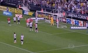 Corinthians ganha mais uma no Itaquerão