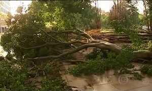 Ciclone mata quatro pessoas na costa leste da Austrália