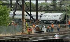 Descarrilamento de trem deixa seis mortos nos EUA
