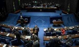Senado adia votação do ajuste fiscal com medo de derrota do governo