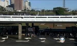 Greve de rodoviários no DF prejudica milhares de passageiros