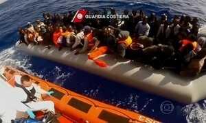 Líderes europeus fecham acordo para acolher imigrantes ilegais
