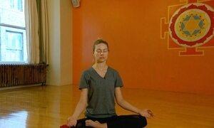 Meditação ajuda a manter o cérebro mais jovem, diz pesquisa