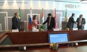 Dilma vai à Rússia para a sétima cúpula dos Brics
