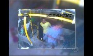 Passageiros sofrem com assaltos em ônibus, em Belém
