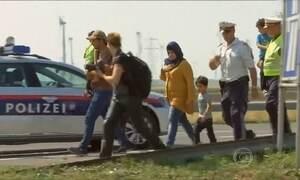 Áustria intensifica fiscalização de imigrantes na fronteira com Hungria