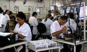 Congresso vai votar relatório que decide salário e jornada de trabalho