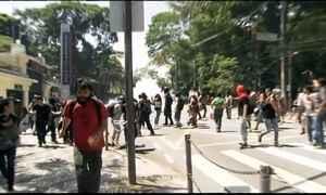 Manifestação de professores termina em confronto em São Paulo