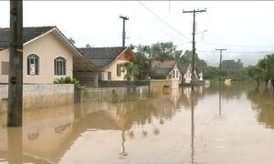 Moradores do Sul ainda sofrem com estragos provocados pela chuva