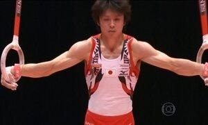 China e Japão dominam as competições por equipe no Mundial de Ginástica Artística