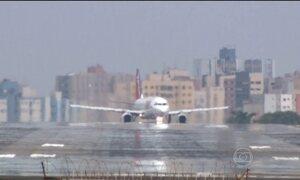 Avião derrapa durante decolagem em Londrina