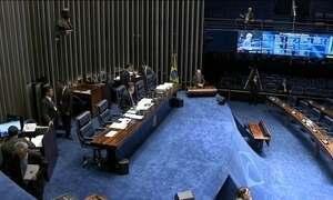 Oposição discute abertura de processo para cassar Delcídio