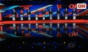 Pré-candidatos republicanos à presidência dos EUA se enfrentam no último debate do ano