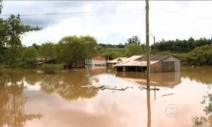 Enchentes atingem diferentes países da América do Sul