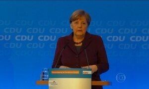 Merkel pede mais rigor com refugiado que cometer crime na Alemanha